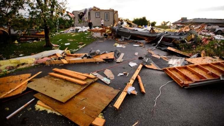 ottawa-tornado-damage